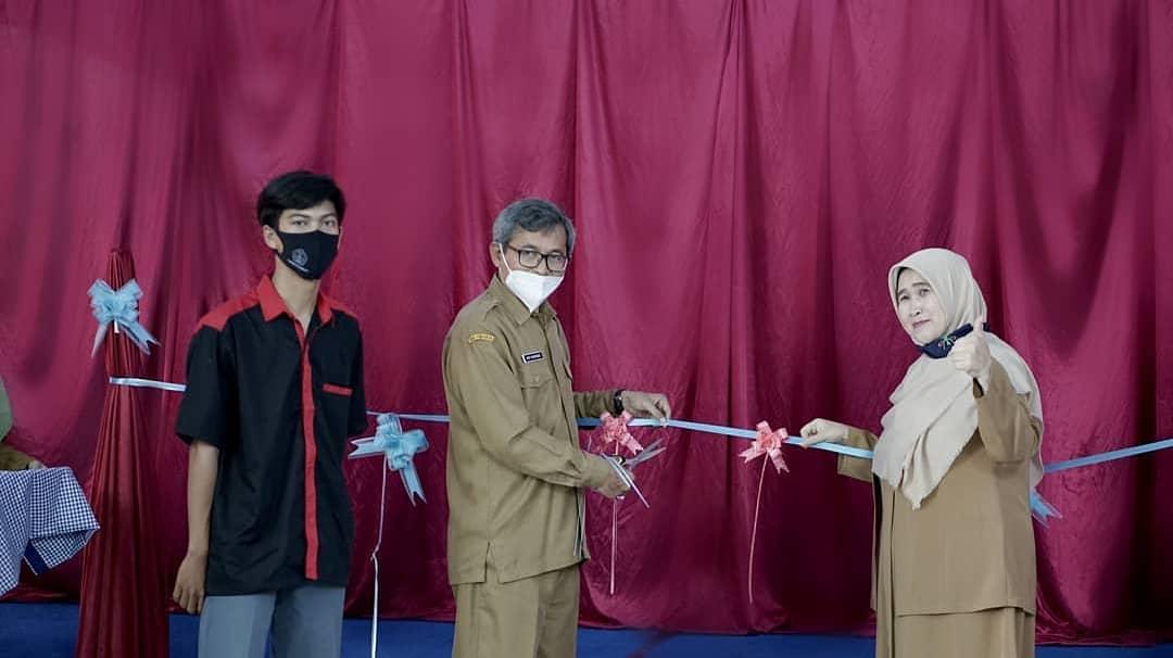 SMK Negeri 9 Garut Launching Automatic Hand Washer
